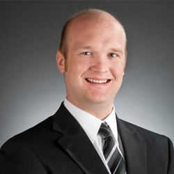Chiropractor Elkhorn NE Dr Garrett Mack